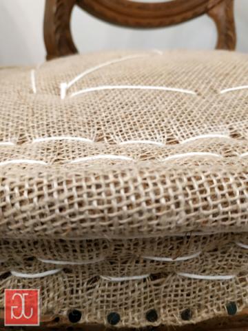 Garnissage traditionnel en crin piqué