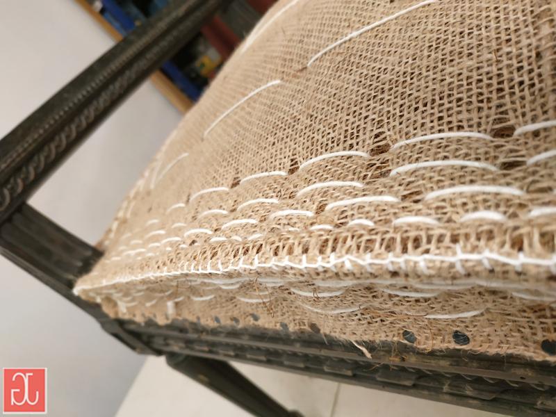 Garniture traditionnelle en crin piquée - Aurélie Legrand tapissière